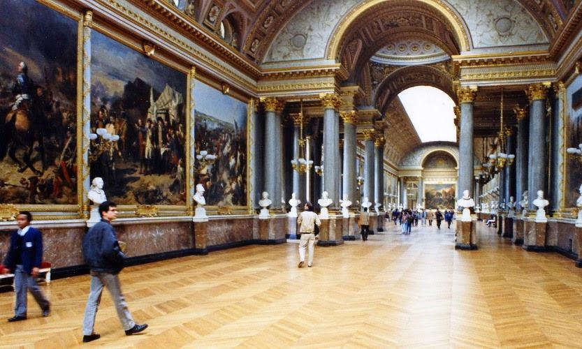 Peças expostas Museu do Louvre em Paris