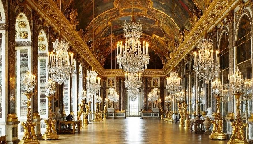 Interior do Palácio Versalhes na França