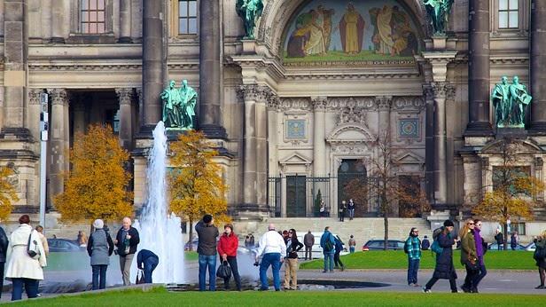Entrada da Catedral de Berlim na Alemanha