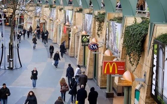 Estabelecimentos comerciais em Rotterdam na Holanda