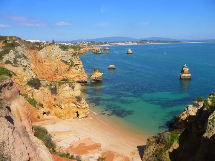 Praia da Rocha em Algarve vista de cima