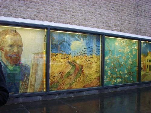 Entrada do Museu Van Gogh em Amsterdam
