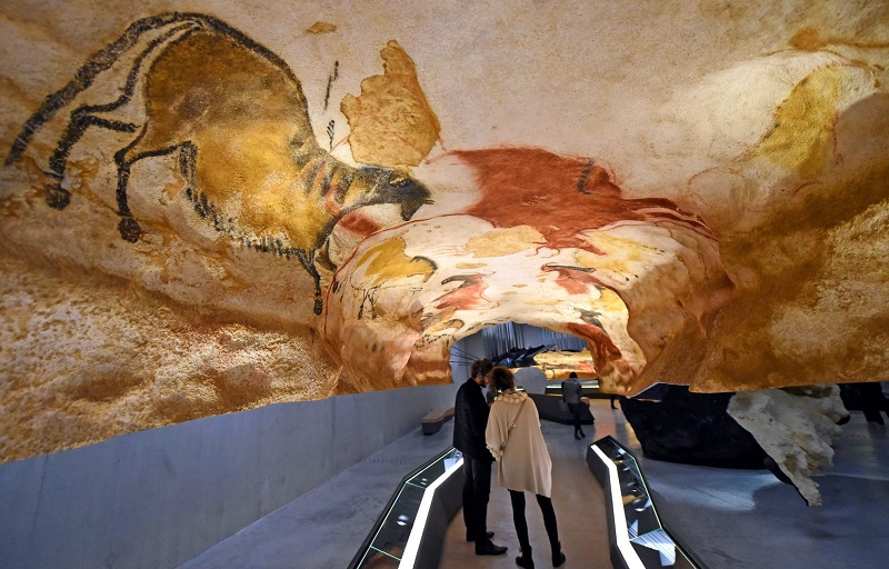 Cavernas de Lascaux | França