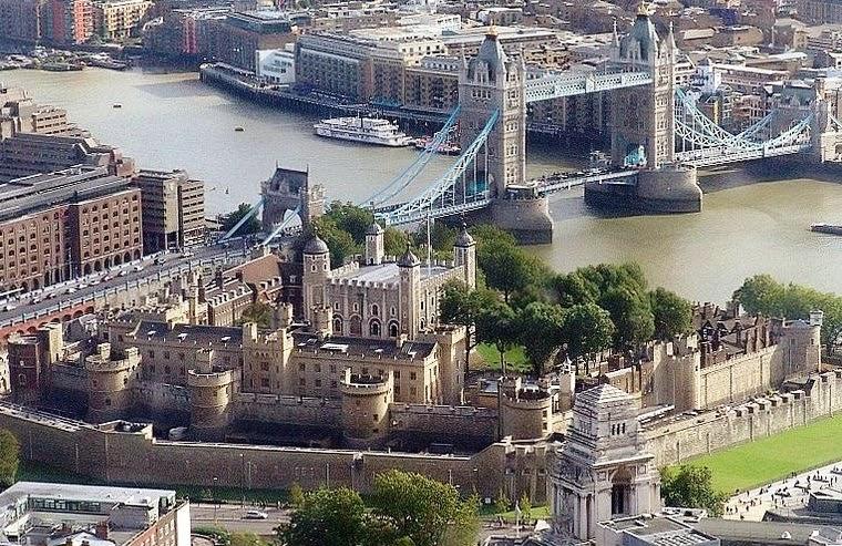 Torre de Londres na Inglaterra vista de cima