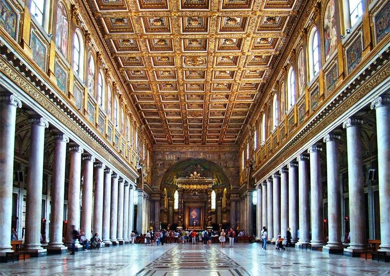 Interior da Basílica de Santa Maria Maior em Roma