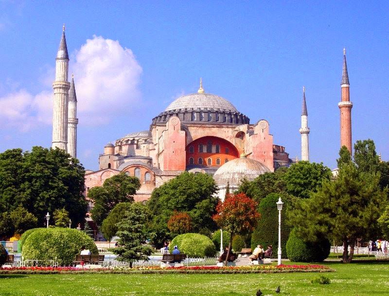 Jardim da Mesquita Hagia Sofia em Istambul