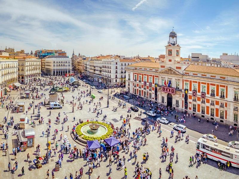 Praça Puerta del Sol em Madri | Espanha