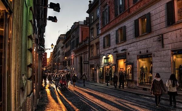 Movimento em rua de Roma