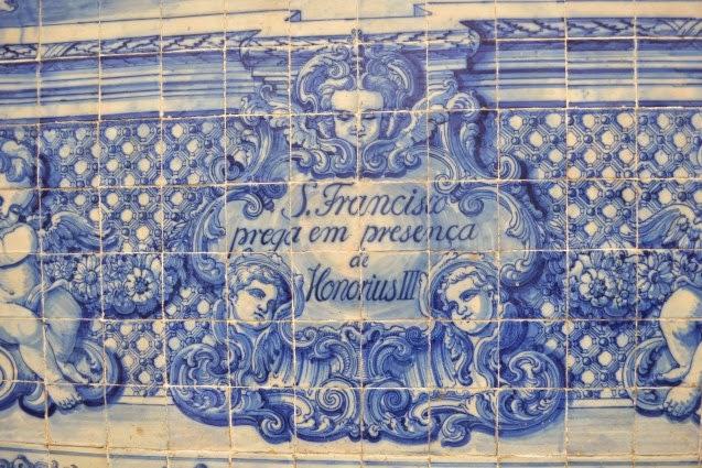 Azulejos da Capela das Almas no Porto