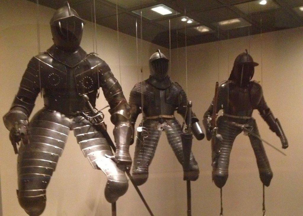 Armaduras expostas no Museu Histórico Alemão em Berlim