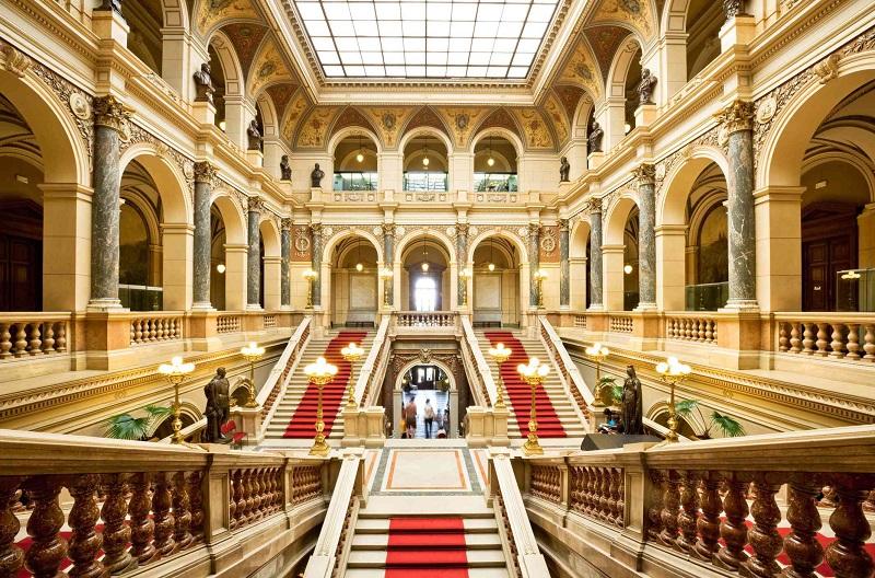 Interior do Museu Nacional de Praga