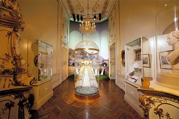 Interior do Palácio Imperial de Hofburg em Viena