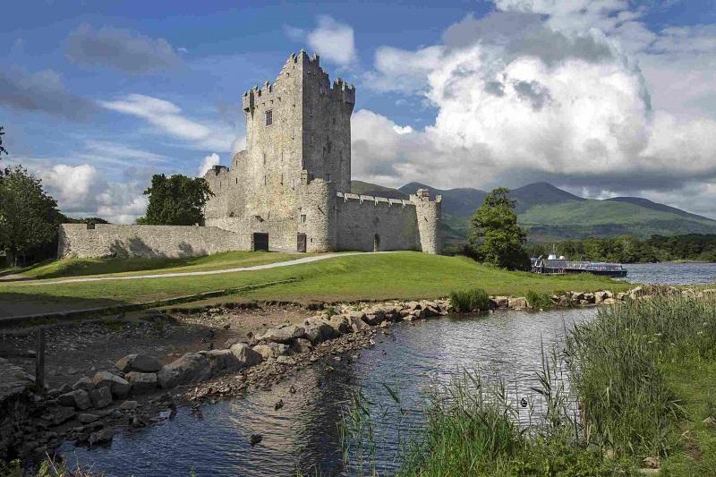 Castelo em Ring of Kerry em Killarney na Irlanda