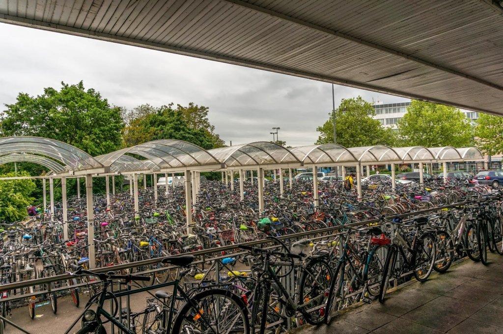 Bicicletário em Frankfurt