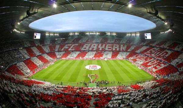 Interior do estádio do FC Bayern de Munique