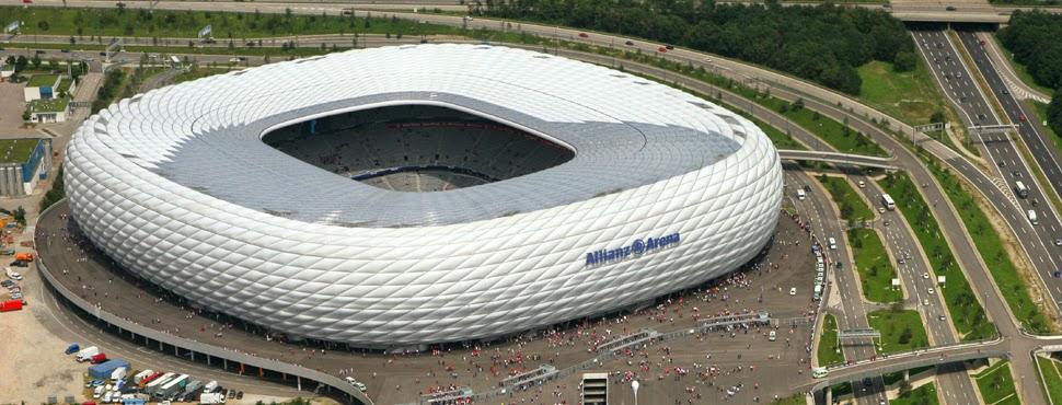 Estádio do FC Bayern de Munique visto de fora