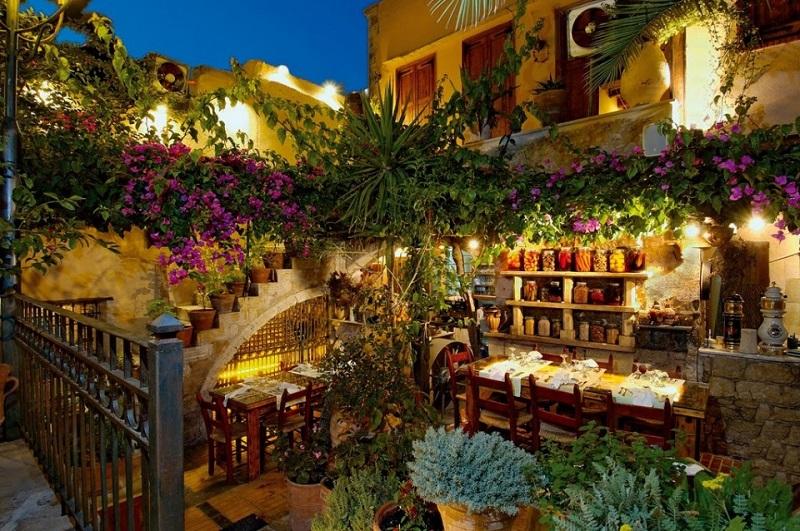 Restaurante Avli na ilha de Creta