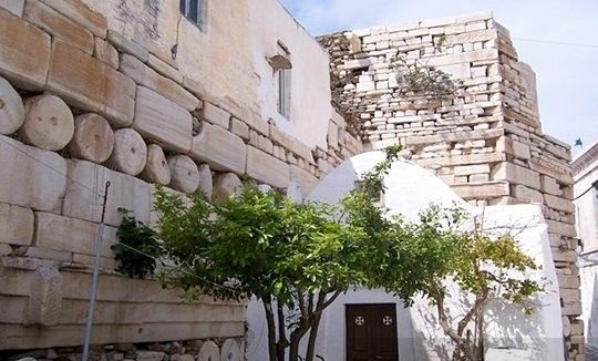 Castelo Frankish na ilha de Paros