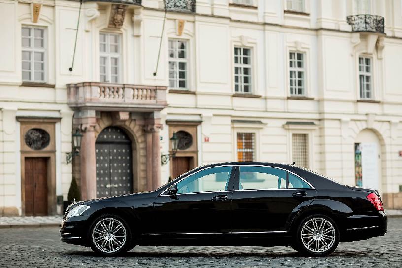 Incríveis comparadores de preços de carros em Praga