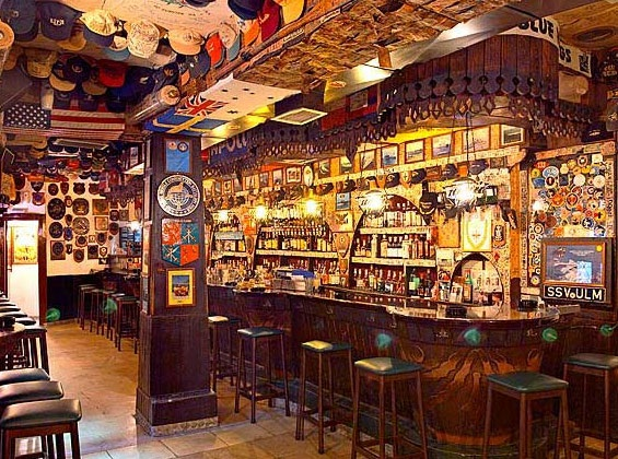 El Mondo Bar na ilha de Creta