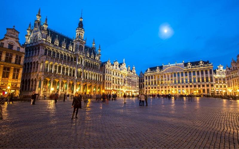 Construções na Grand Place em Bruxelas