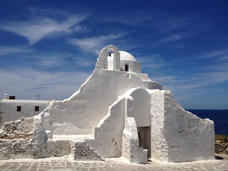 Igreja Panagia Paraportiani na ilha de Mykonos