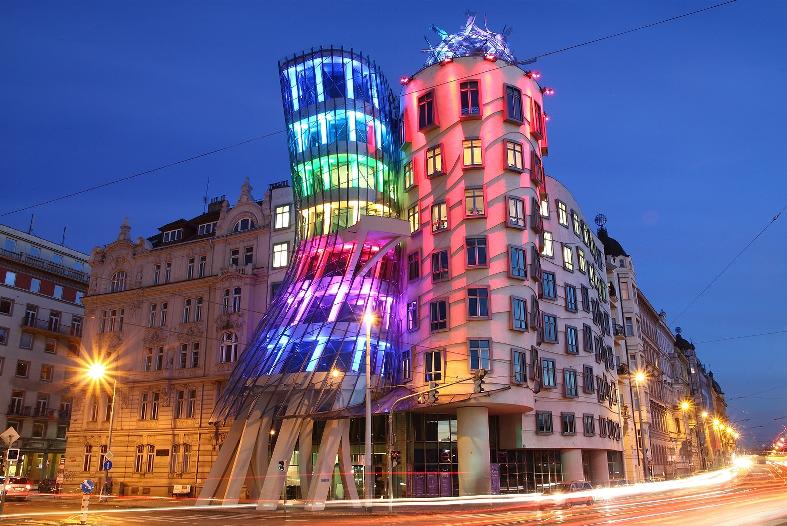 Prédio dançante (Tančící dům) em Praga