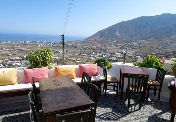 Restaurante Metaxy Mas na ilha de Santorini
