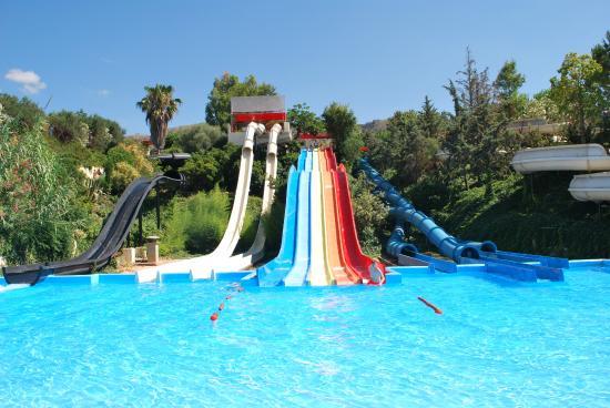 Parque aquático para crianças em Creta