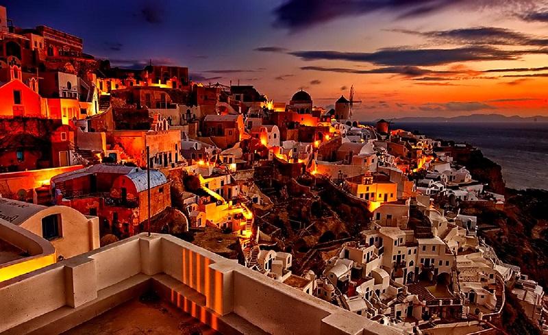 Passeios românticos em Santorini na Grécia