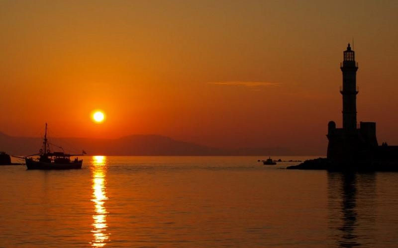 Pôr do sol em Chania em Creta