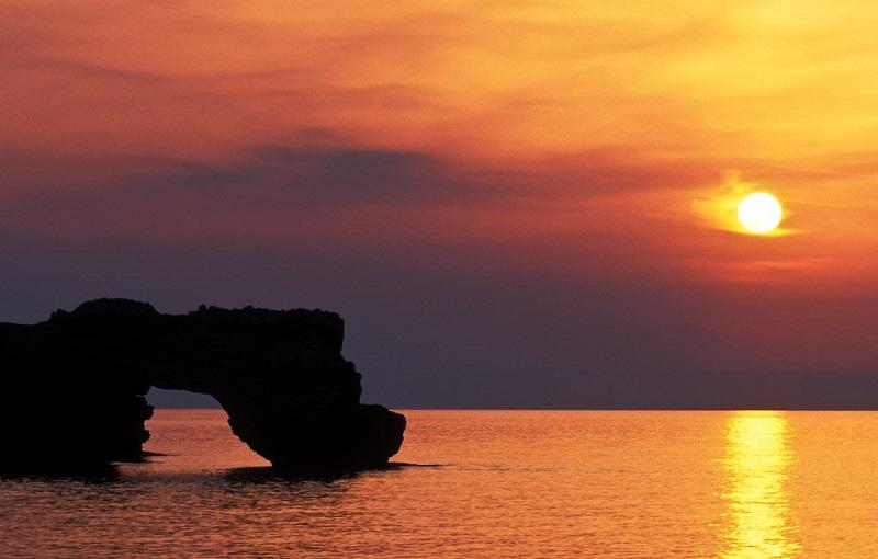 Pôr do sol em Creta na Grécia