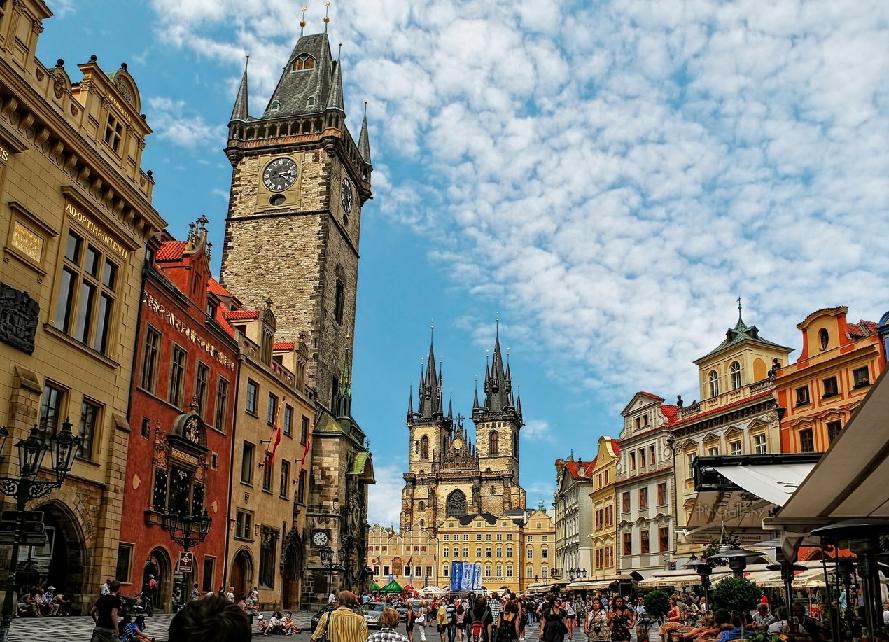 Praça da Cidade Velha em Praga
