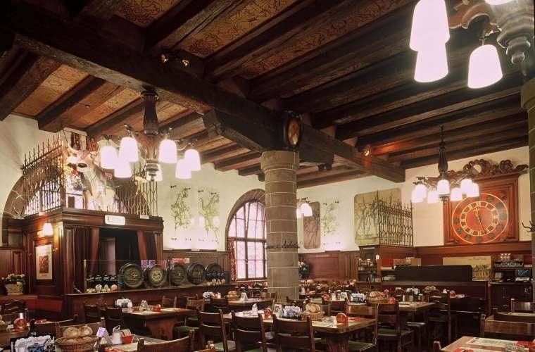 Restaurante Zeughauskeller em Zurique
