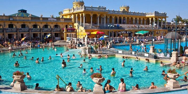 Banhos termais em Budapeste