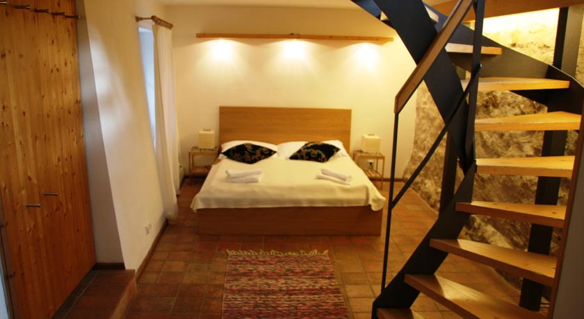 Hotel Prague Castle Romantic Apartments perto da Ponte Carlos em Praga