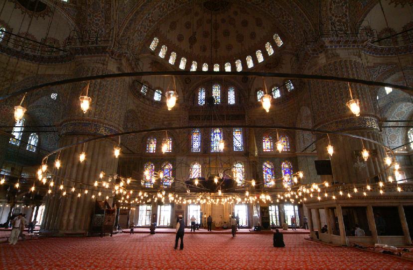 Interior da Mesquita Azul em Istambul