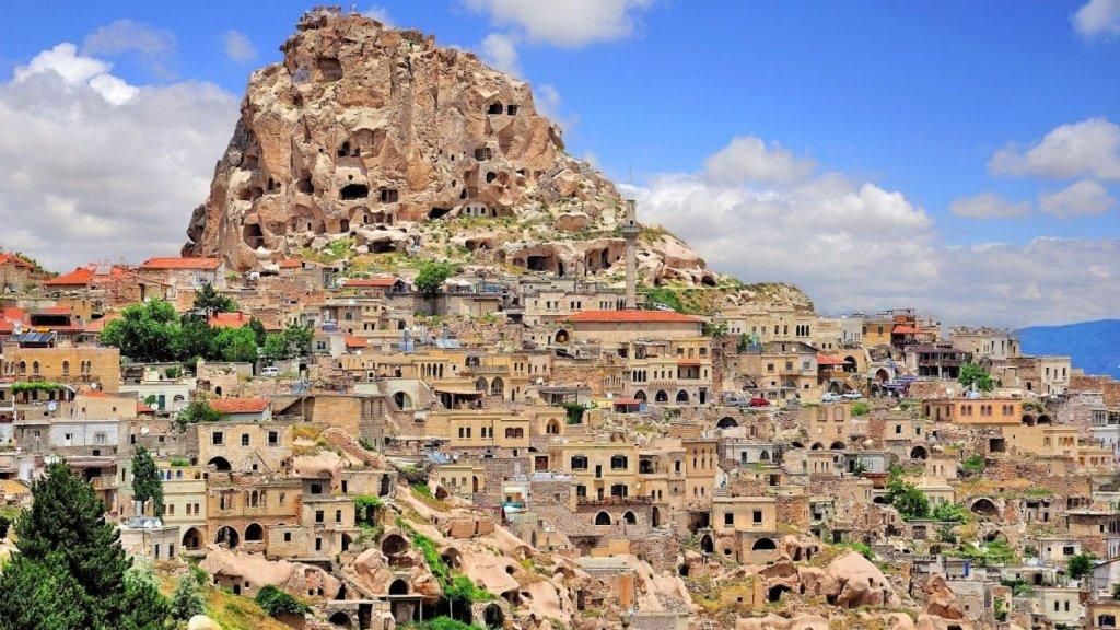 Cidade e Castelo Uçhisar na Capadócia
