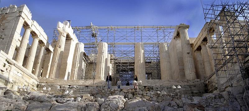 Arquitetura e história do Propileu em Atenas
