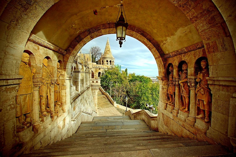Interior do Fisherman's Bastion
