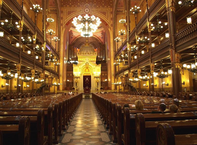 Interior da Grande Sinagoga de Budapeste