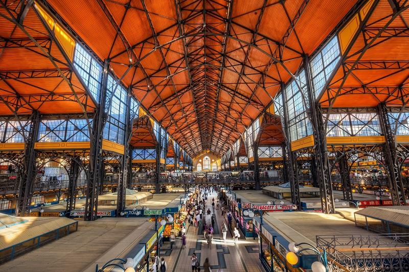 Interior do Mercado Central de Budapeste