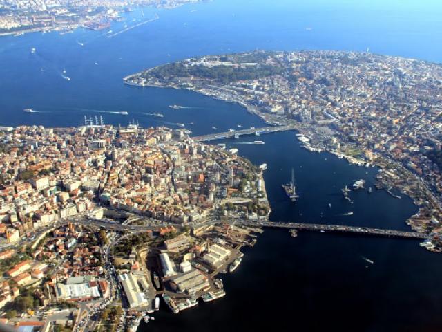 Quantas milhas custa a passagem aérea para Turquia
